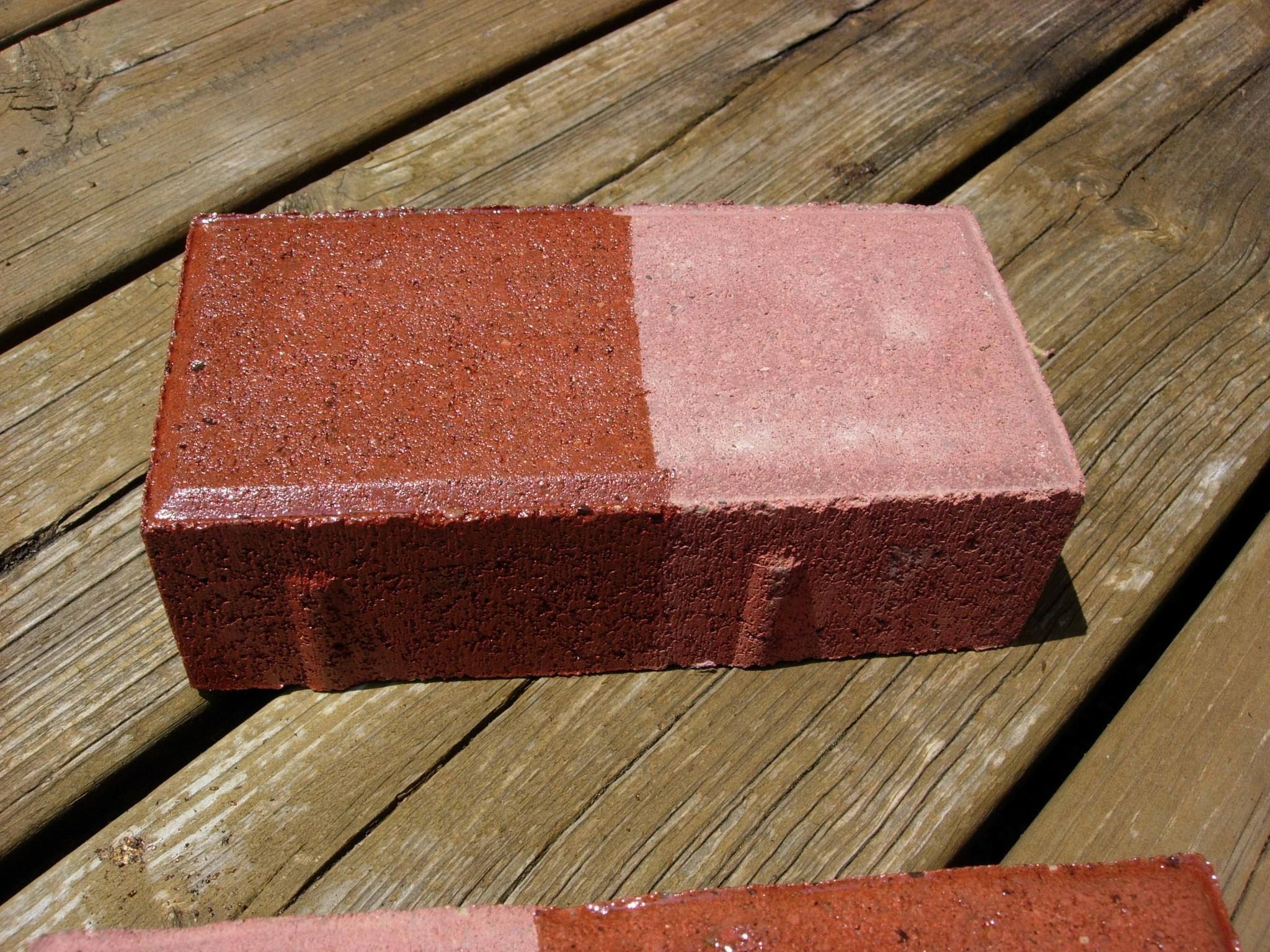 http://www.vseal.com/media/catalog/product/cache/1/image/9df78eab33525d08d6e5fb8d27136e95/P/i/Pic_Concrete_Paver_Red_Brick_Half_Sealed_IG-SB_3.jpg