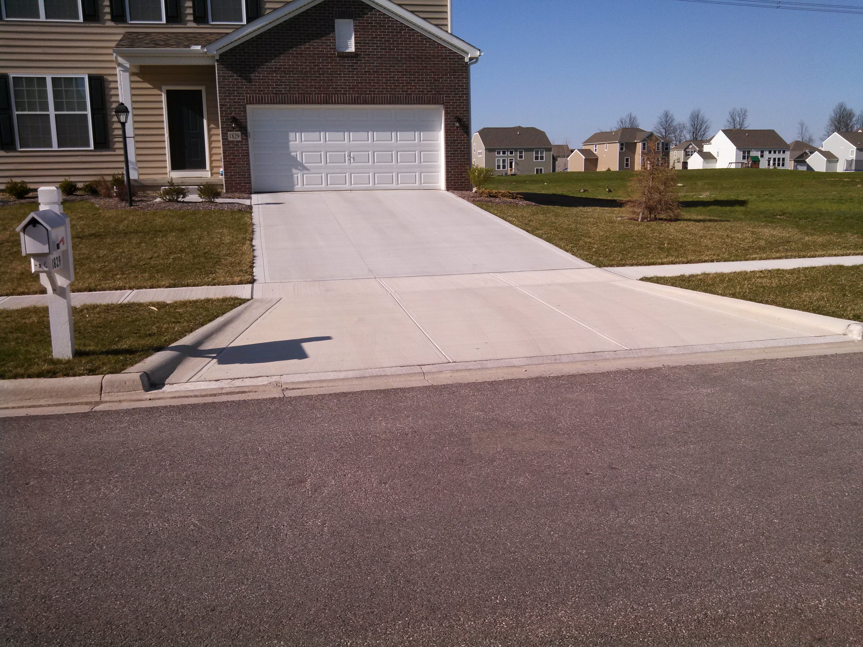 Should i seal my concrete driveway v seal concrete sealers v should i seal my concrete driveway solutioingenieria Image collections