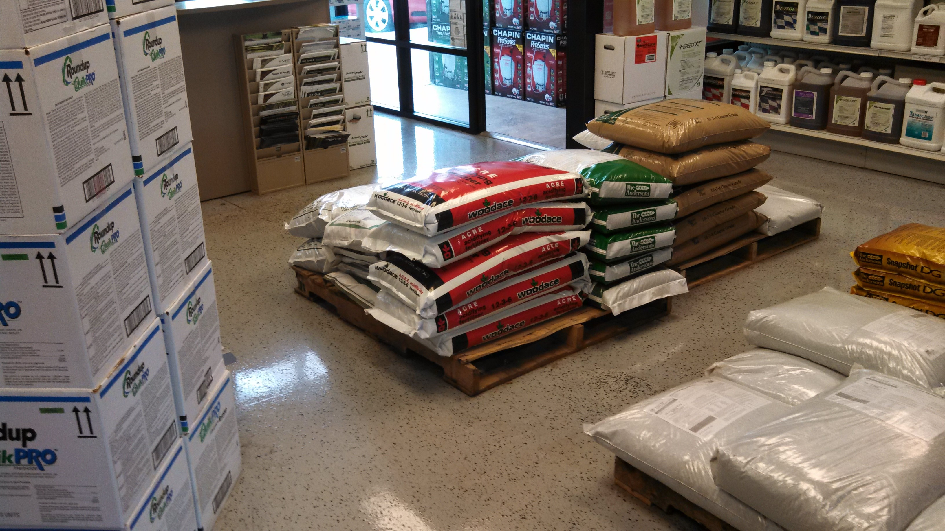 Commercial DIY Spotlight: Advanced Turf Solutions Showroom Floor